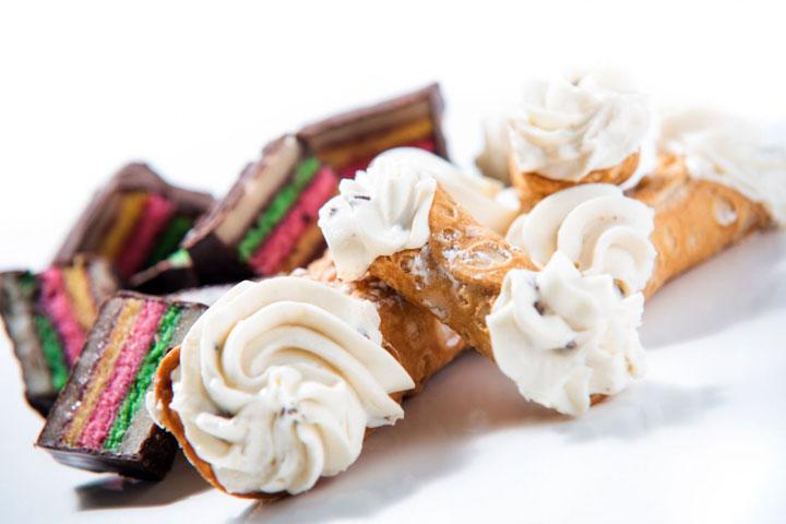 Zelf Keuken Maken Goedkoper : Volgens wikipedia is gebak de naam voor alle lekkernijen die door het